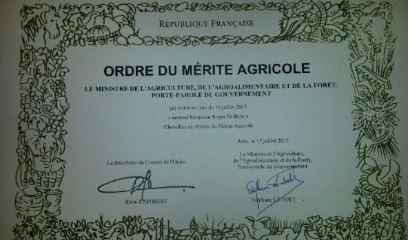 Monsieur Roger Bordes a été élevé au grade de chevalier dans l'ordre du Mérite agricole
