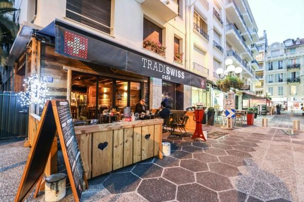 Tradiswiss café, Un chalet suisse en plein cœur de Nice