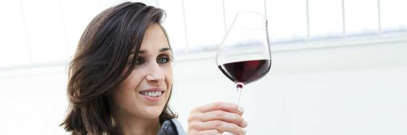 Julia Scavo, lauréate du Ruinart sommelier challenge